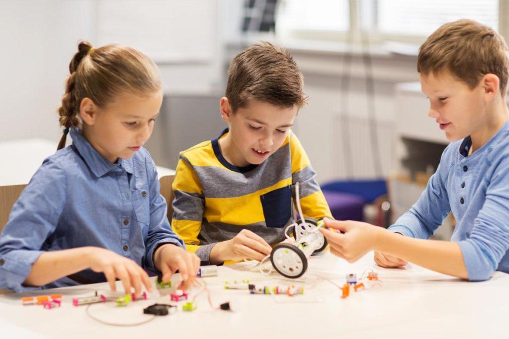 Achtsamkeit in der Schule – Aktionstisch
